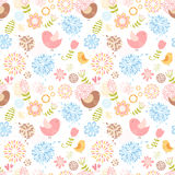 Reizendes nahtloses mit Blumenmuster des Sommers Lizenzfreies Stockbild