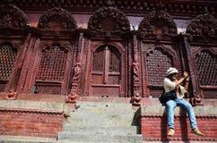 Reiziger in Durbar-vierkant in Katmandu Nepal Royalty-vrije Stock Foto's