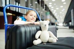 Reiziger met bagage Stock Fotografie