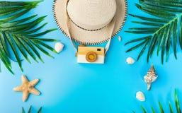 Reizigerstoebehoren, de zomerachtergrond Royalty-vrije Stock Afbeelding
