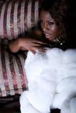 Reizvolle Afroamerikanerfrau lizenzfreie stockfotos