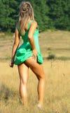 Reizvolle blonde Frau Stockfoto