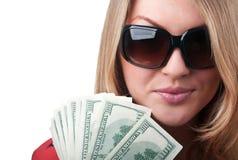 Reizvolle blonde Frau mit Geld Lizenzfreies Stockbild