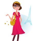 Reizvolle Frau auf dem Einkauf in der Paris-Stadt Lizenzfreies Stockbild