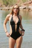 Reizvolle Frau im Badeanzug Stockbilder