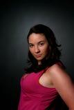Reizvolle Frau im Rosa Lizenzfreies Stockfoto