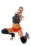 Reizvolle Frau mit Gewehr Stockbilder