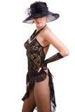 Reizvolle Frauen mit schwarzem Hut Lizenzfreies Stockfoto