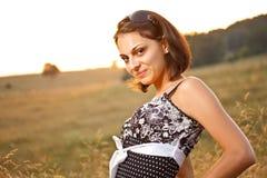Reizvolle Frauenaufstellung Lizenzfreie Stockfotos