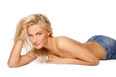 Reizvolle gebräunte Blondine Lizenzfreies Stockbild