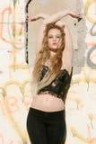 Reizvolle junge blonde Frau Lizenzfreie Stockfotos
