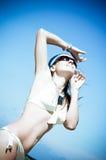 Reizvolle junge Frau Stockfoto