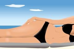Reizvolle junge Frau im Bikini Lizenzfreie Stockfotos