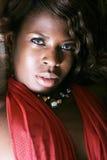 Reizvolle schwarze Frau stockbild