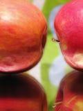 Reizvoller Apfel zwei Lizenzfreie Stockfotografie