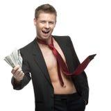 Reizvoller blinzelnder Geschäftsmann im roten Gleichheitholdinggeld Stockbilder