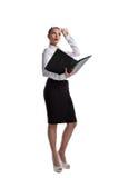 Reizvoller Geschäftsfraustandplatz mit großem Hauptbuchbuch lizenzfreies stockfoto
