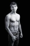 Reizvoller mit nacktem Oberkörper Kerl mit männlicher Karosserie Stockbilder
