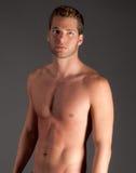 Reizvoller mit nacktem Oberkörper Mann Stockbild