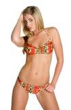 Reizvolles Bikini-Mädchen stockfoto