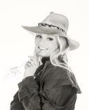 Reizvolles blondes Cowgirl Lizenzfreie Stockfotografie