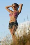 Reizvolles blondes in der Nachmittags-Leuchte Lizenzfreies Stockfoto