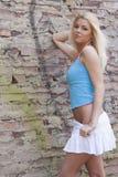 Reizvolles blondes Frauenbaumuster Lizenzfreie Stockbilder