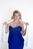 Reizvolles blondes Mädchen mit blauen Augen Lizenzfreie Stockfotos