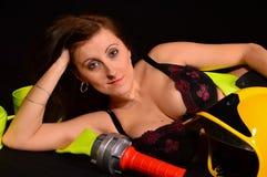 Reizvolles firewoman stockbild