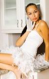 reizvolles Mädchen in der Küche Lizenzfreies Stockfoto
