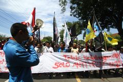 Reject the arrival of the President. Some students doing demonstrations to reject the arrival of the President of Indonesia, Susilo Bambang Yudhoyono in Solo Stock Image