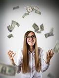 rejoicing Donna nel bianco e nei dollari Fotografia Stock