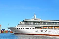Rejs podróży statek w porcie zdjęcie royalty free