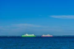 Rejsu lainer: TALLINK i Viking linia przy morzem bałtyckim Zdjęcia Stock