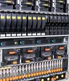 Rek Opgezette Servers Stock Afbeeldingen