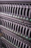 Rek opgezette servers en opslag Royalty-vrije Stock Foto's