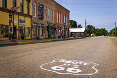 Rek van de V.S. Route 66 in de stad van Atlanta, Illinois, de V.S. Stock Fotografie