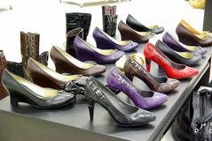 Rek van schoenen stock afbeelding