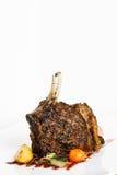 Rek van varkensvlees dat wordt het geroosterd met versiert Royalty-vrije Stock Fotografie