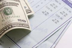 Rekening en dollars Royalty-vrije Stock Afbeelding