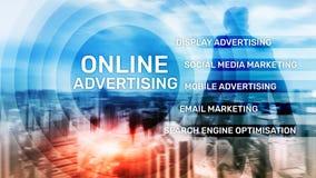 Reklama online, Cyfrowego marketing Biznesu i finanse poj?cie na wirtualnym ekranie fotografia royalty free