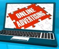 Reklama Online Na laptopie Pokazuje stron internetowych promocje royalty ilustracja