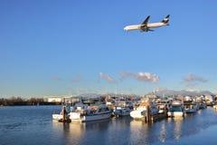 Reklama strumień Zbliża się Vancouver lotnisko zdjęcia royalty free