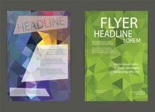 Reklamblad broschyrdesignmallar Geometriskt triangulärt abstrakt begrepp Arkivbilder
