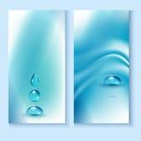 Reklambladmall med en blå bakgrund och dropparna av rent vatten Arkivbild