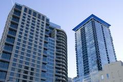 Reklamfilmbyggnader i i stadens centrum Seattle Arkivfoton