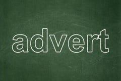 Reklamowy pojęcie: Ogłoszenie na chalkboard tle zdjęcie stock