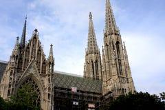 Rekonstruktion av den Votive kyrkliga (Votivkirche) Wien Arkivbilder