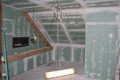 Rekonstruktion des Dachbodens Stockbilder