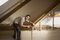 Rekonstruktion des Dachbodens Lizenzfreies Stockfoto